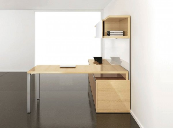 22-Large-beech-desk-600x446.jpeg