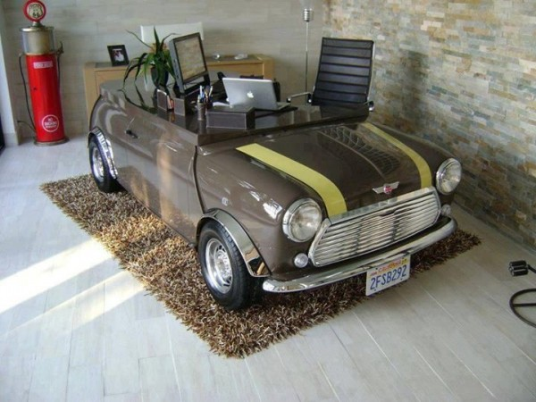 23-Mini-Cooper-desk-600x450.jpeg