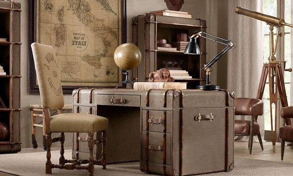 10-Travel-trunk-desk-600x360.jpeg